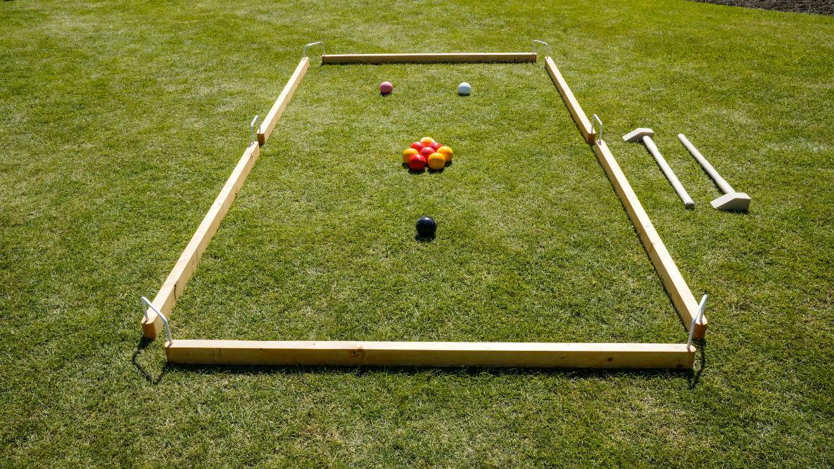 Giant Garden Games Traditional Wooden Large Garden Game Gardoolet